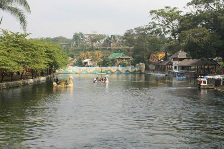 Pool at Wendit Water Park Malang
